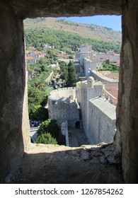 Dubrovnik old town wall through the loophole
