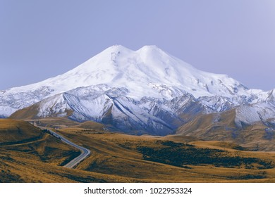 Due to the well-developed infrastructure of Elbrus and adjacent areas are very popular. On the saddle is the highest mountain shelter in the Caucasus.