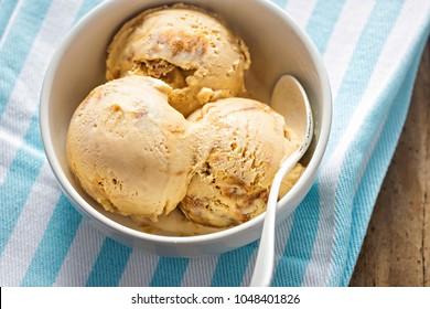 Dulce de leche ice creams