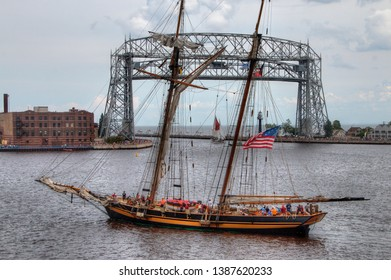 Duluth, Minnesota, 8-12-16 Variety of Historic and Interesting Ships including the world's largest Rubber Duck visit Duluth, Minnesota via the Great Lakes