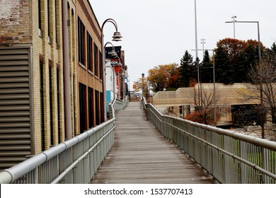 Duluth, MN - 10/19/2019: Images from Downtown Duluth on Superior Street