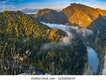 Dunajec river gorge panorama in Pieniny mountains, Poland