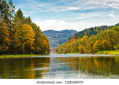 Dunajec river in Szczawnica, Poland. Rafting in a traditional wooden boat is a popular tourist attraction in Pieniny National Park