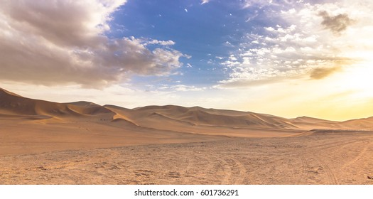Dunes of the Gobi desert in Dunhuang, China