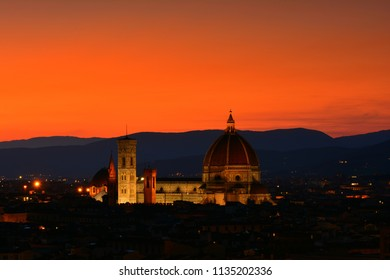 Duomo Santa Maria Del Fiore at sunset in Florence, Tuscany, Italy