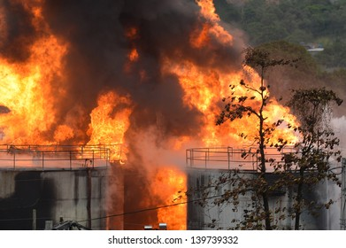 DUQUE DE CAXIAS - may 23: fire in tank of gasoline storage on may at Duque de Caxias City near Rio de Janeiro, 23, 2013 in Duque de Caxias, Brazil.
