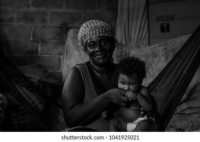 Duran Ecuador may/25/2013 mother feeding his child