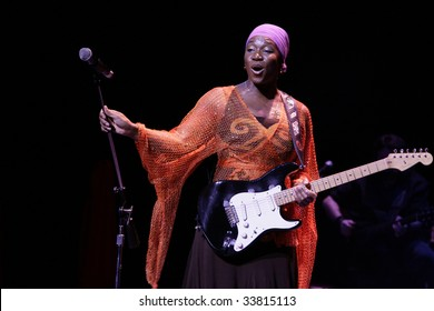 DURHAM, NORTH CAROLINA-MAY 10:  singer performs on stage at Durham Performing Arts Center on May 10, 2009 in Durham, North Carolina.