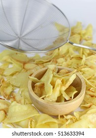 Durian chips fried snack fruit in wooden bowl