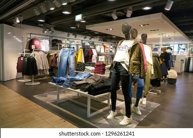 DUSSELDORF, GERMANY - CIRCA SEPTEMBER, 2018: H&M shop in Dusseldorf airport.