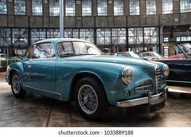 DUSSELDORF, GERMANY - FEBRUARY 24: Classic vintage car Alfa Romeo in an auto show.