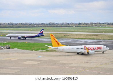 DUSSELDORF, GERMANY - MARCH 30:  Pegasus Airlines Boeing B777 taxiing to take-off from Dusseldorf Airport on March 30, 2012. Dusseldorf Airport is the third largest airport in Germany.