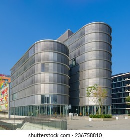 DUSSELDORF - SEPTEMBER 6, 2014: Modern office building in the media harbor.The Hafen district contains some spectacular post-modern architecture, but also some bars, restaurants and pubs.