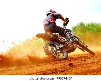 dusty and dirty motocross braking