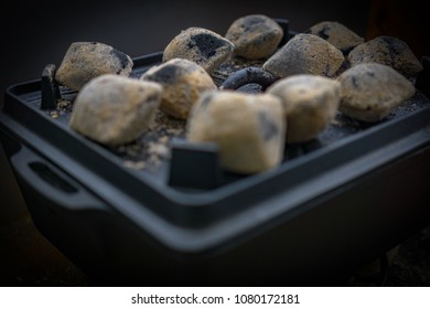 Dutch Oven kochen mit Kohle