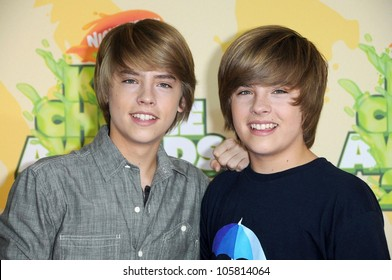 Dylan Sprouse and Cole Sprouse at Nickelodeon's 2009 Kids' Choice Awards. Pauly Pavillion, Westwood, CA. 03-29-09