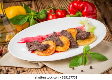 ealthy food, beautiful and tasty food on a plate