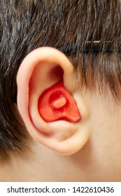 Ear plug mold making for child