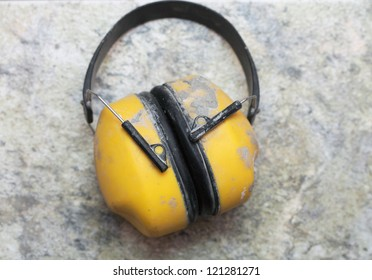 Ear protection muff Yellow noise muffs toolwork