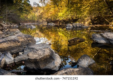Early morning of autumn at Eno River State Park in Durham, North Carolina. This is one of the best natural parks in the city for hiking and wildlife watching, just few miles from Duke University.