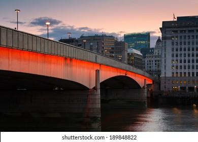 Early morning at London Bridge.