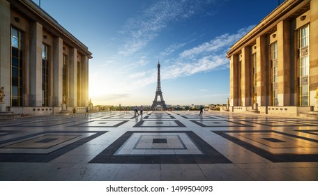 Early morning view of Eiffel Tower, Paris, France