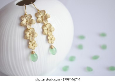 Earrings handmade long flowers with green chalcedony stone