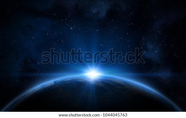 Земля, галактика, туманность и Солнце. Элементы этого изображения, оформленные НАСА.