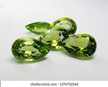 earth mined natural green peridot pear shape cutting precious gemstone for fashion gem jewelry
