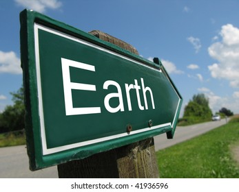 EARTH road sign