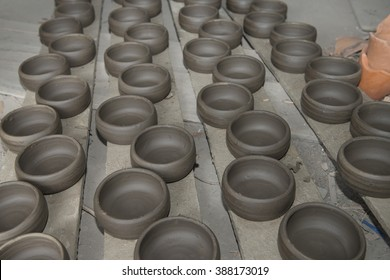 Earthenware Pottery is the art of handicrafts inThailand.