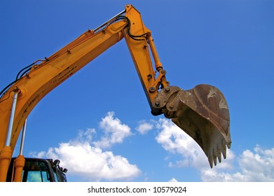 earthmover bucket in action
