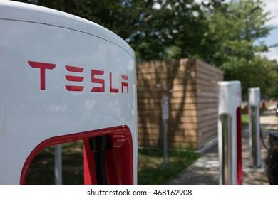 EAST BRUNSWICK, NEW JERSEY - JULY 20, 2016: Tesla Supercharger at Joyce Kilmer Service Area rest stop on New Jersey Turnpike.