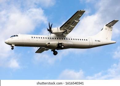 East Midlands Airport (EMA), England, 15th January 2020, BRA Braathens passenger aircraft, SE-MDA  an ATR 72 – 500 lands at the airport.
