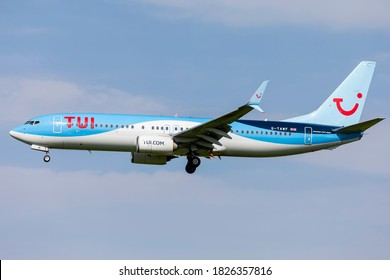 East Midlands Airport (EMA), England, 13th September 2020, TUI Airways passenger aircraft G-TAWF a Boeing 737 – 8K5/W arrives at the airport with its holiday passengers.