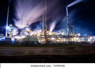 East Side Oil Refinery in Montreal-East