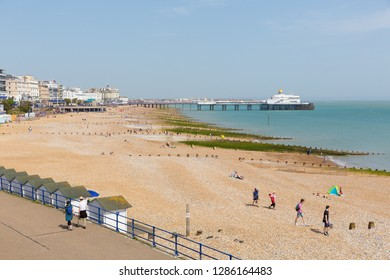 EASTBOURNE, EAST SUSSEX, ENGLAND, UK-APRIL 22nd 2018: The glorious spell on spring weather attracted visitors to the seaside at Eastbourne, East Sussex, on Sunday 22nd April 2018