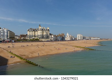 EASTBOURNE, EAST SUSSEX, ENGLAND, UK-APRIL 22nd 2018: The glorious spell on spring weekend weather attracted visitors to the beach at Eastbourne, East Sussex, on Sunday 22nd April 2018