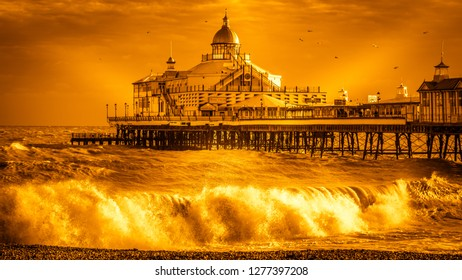 EASTBOURNE, EAST SUSSEX/UK - JANUARY 7 : View of Eastbourne Pier in East Sussex on January 7, 2018. Unidentified people
