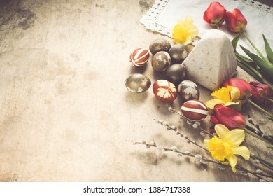 Easter background with eggs and flowers/still life