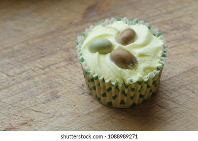 easter cup cake with eggs
