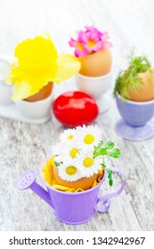 Easter decoration with daisies and other flowers