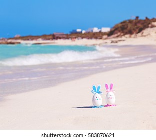 Easter, Easter eggs on the beach, ocean, sea