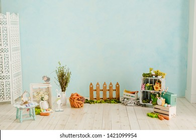 Easter Holiday Interior Copy Space Background. Happy Celebration in Elegant Spring Studio with Empty Wall for Banner Text. Seasonal Floral Symbol. Copy Space Horizontal Decorative Backdrop