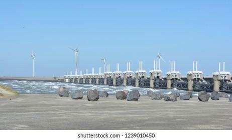 Eastern Scheldt storm surge barrier