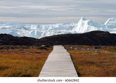 Easy hiking route to the famous Kangia glacier near Ilulissat in Greenland