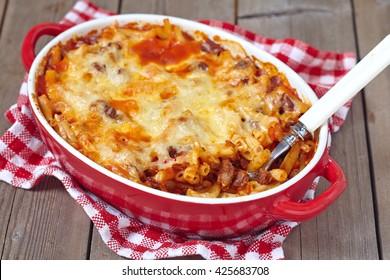 Easy macaroni casserole with lean ground turkey