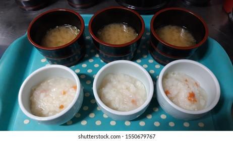 eat porridge and bean paste soup