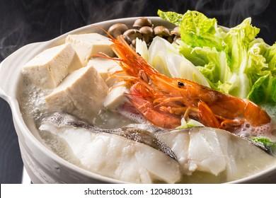 Eat seafood pot