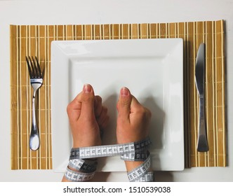 Eating disorder awareness : anorexia nervosa and bulimia